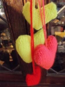 knit hearts