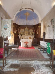 bussiere eglise altar end