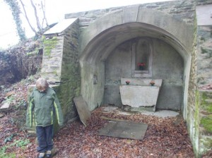 st priest st wolf well building