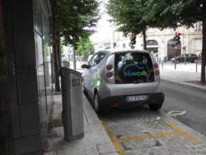 bordo bluecub car