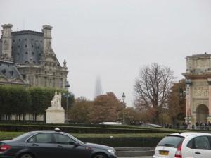 parisoct eiffel half misty