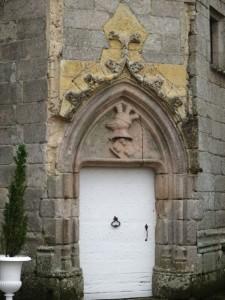 bcastle coat arms